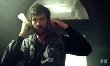 Johnny (Dylan McDermott) in episode 13 of FX's American Horror Story: Asylum