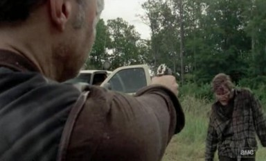 The Governor (David Morrissey) kills recurring zombie man in episode 10 of AMC's The Walking Dead