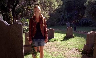 Sookie Stackhouse gets pissy at her parents in HBO's True Blood Season 6, Episode 8, entitled 'Dead Meat'