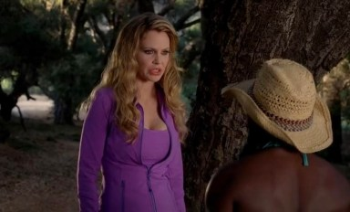 Pam (Kristin Bauer van Straten) and Tara (Rutina Wesley) talk in HBO's True Blood Season 6, Episode 10, entitled 'Radioactive'