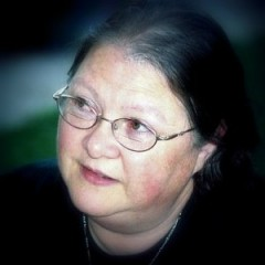 Author Lynne Cantwell