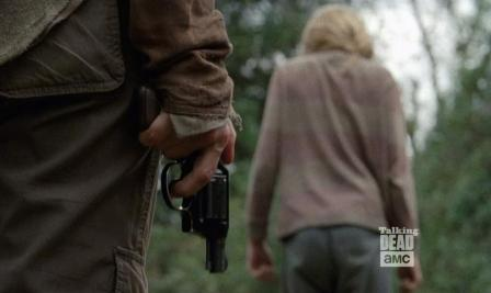 Just look at the flowers Lizzie... Season 4, EPisode 14 of AMC's The Walking Dead